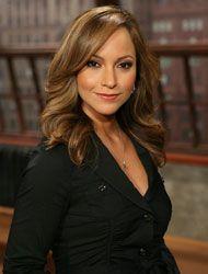 Satcha Pretto es presentadora de Primer Impacto Extra y esta es su biogr...