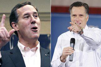 Los aspirantes a la nominación presidencial republicana Rick Santorum y...