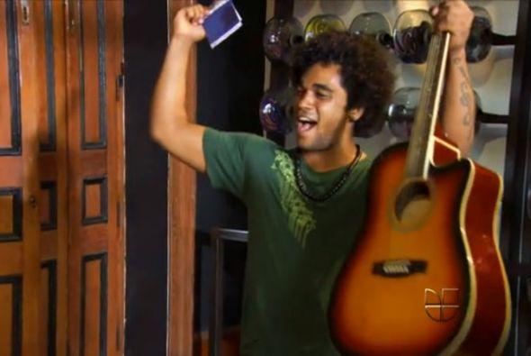 Otro cantante fue invitado por JLo a ¡Q' Viva! The Chosen