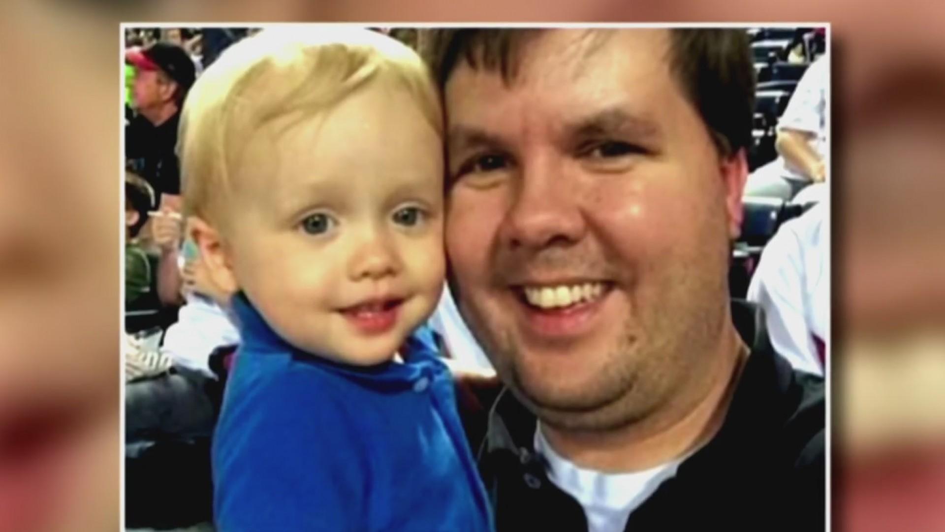 Resultado de imagen para Condenan a cadena perpetua padre de niño murió encerrado en auto en Georgia