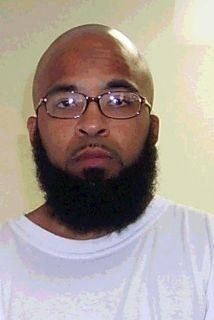 Joseph Davis o Abu Khalid Abdul-Latif.