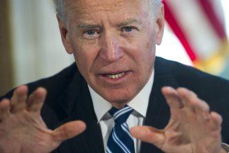El vicepresidente de EEUU, Joe Biden, comisionado por Obama para investi...