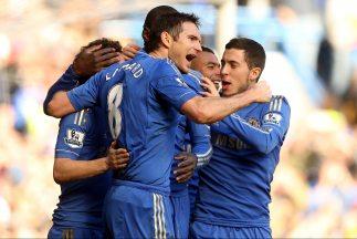 El capitán Lampard convirtió uno de los tantos de los 'Blues' en la gole...
