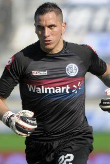Pablo Migliore, arquero y capitán de San Lorenzo, de la primera división...