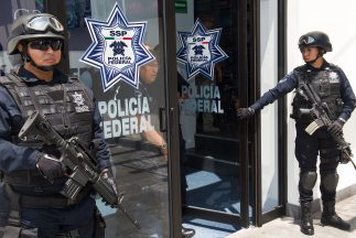 Ambas detenciones fueron realizadas por elementos de la Policía Federal.