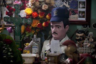 Tras años de violenta convivencia con la sociedad mexicana, el narcotráf...