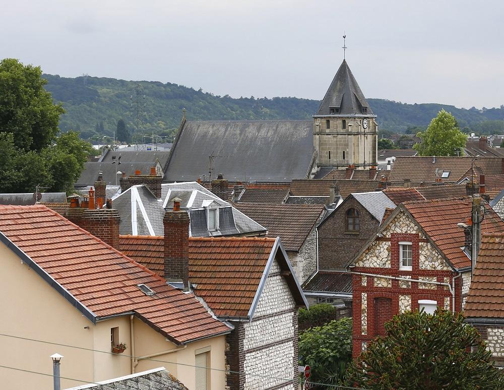 Francia: piden reforzar seguridad en cultos