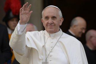 """""""Se habla del 'lobby gay' y es verdad, está ahí"""" dijo el papa Francisco..."""