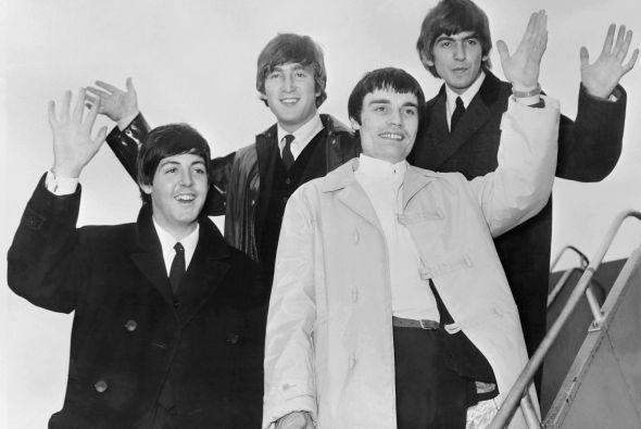 Imágenes nunca antes publicadas de Los Beatles salen a la luz tras la mu...