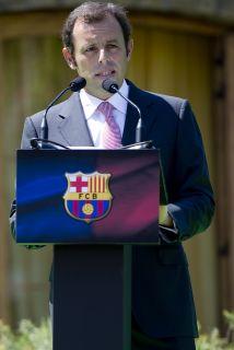 El dirigente del club catalán no quiso confirmar si ha adelantado al San...