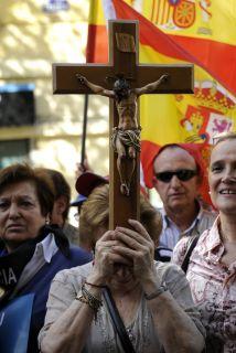 """ETA, siglas de """"Euskadi ta askatasuna"""" (""""Patria Vasca y libertad""""), fue..."""