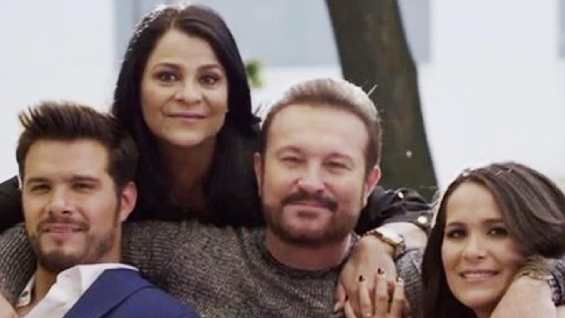 La familia de Arturo Peniche rompe el molde entre las familias de ...