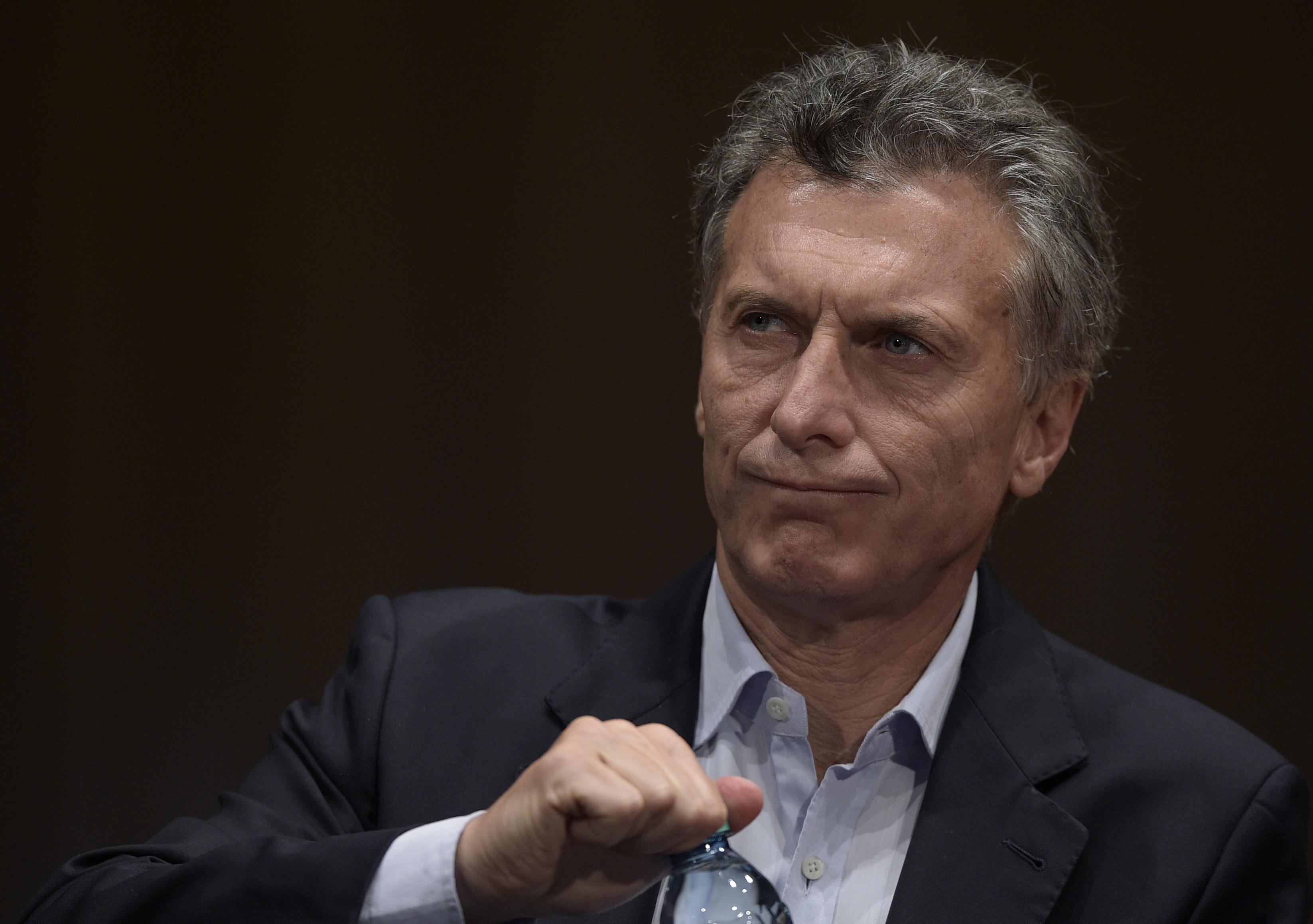 Macri aumento sueldo a todos los trabajadores