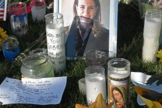 La matanza Tucson ocurrió en la puerta de entrada para aproximadamente l...