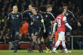 Los alemanes conquistaron el Emirates Arena y dejaron casi muerto al Ars...