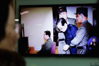 Jang Song-thaek habría sido ejecutado en una jaula con 120 perros hambri...