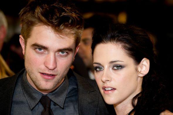Kristen Stewart ruega a Robert Pattinson que pase Navidad a su lado