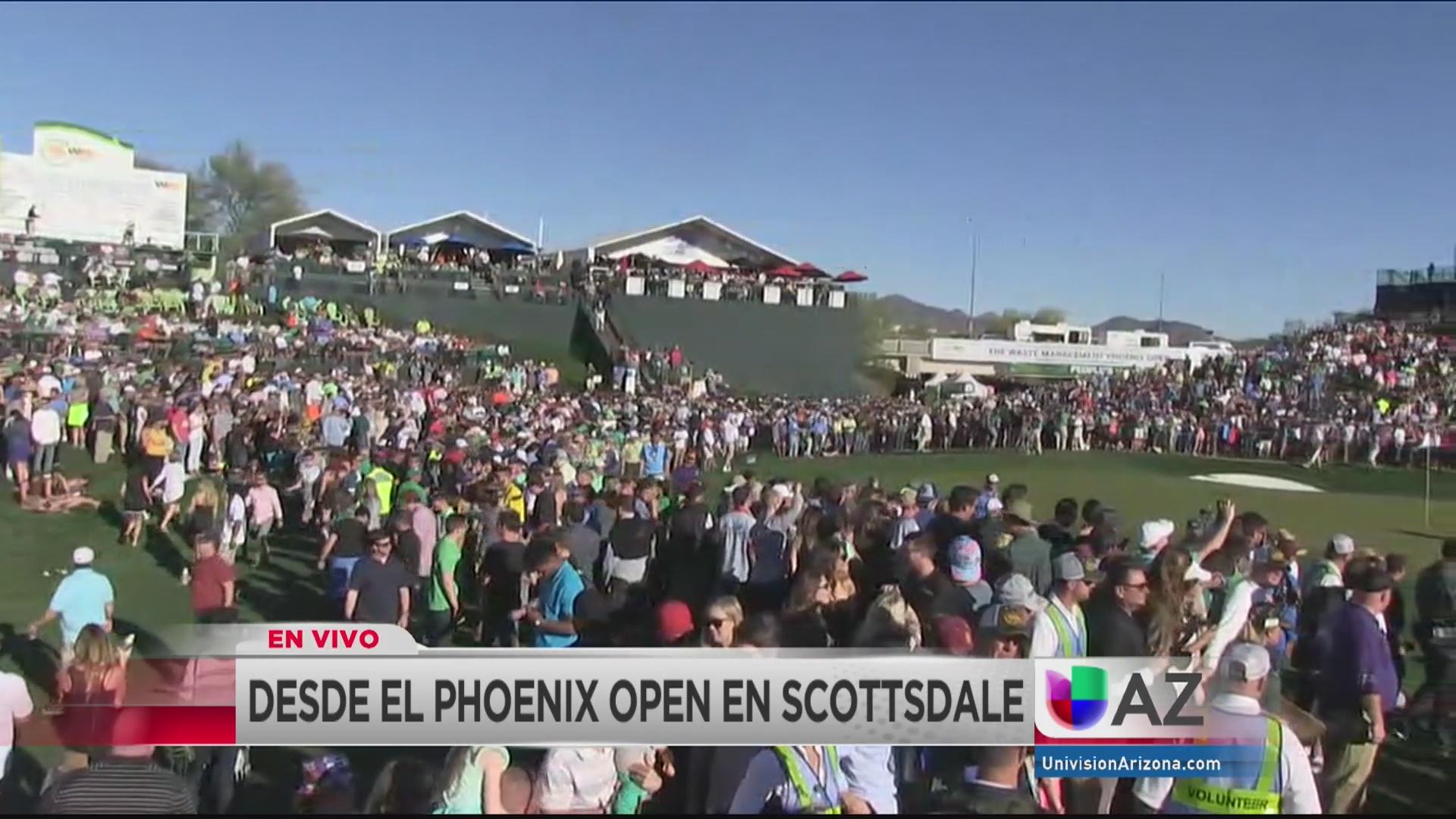 Récord de aficionados en el torneo de golf Phoenix Open