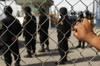 Motín en cárcel en México dejó 22 muertos.