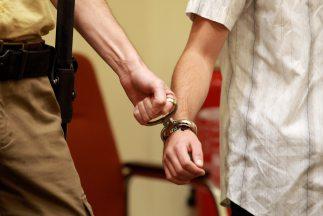 Supuesto brujo que hacía limpias en California fue declarado culpable de...