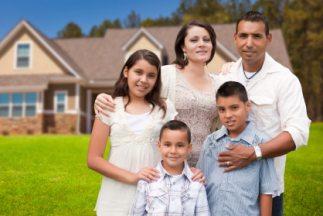 Ponen especial atención en las nuevas familias hispanas de clase media.