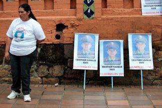Las FARC informaron que todo está listo para liberar a dos policías y un...