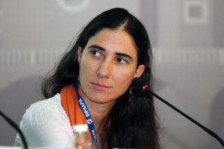La bloguera cubana Yoani Sánchez llegó a Estados Unidos.