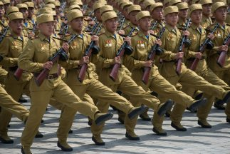 """Corea del Norte amenaza con """"ataque preventivo"""" al Sur y a EEUU."""
