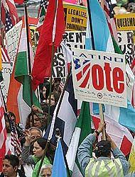 Trabajadores y empresarios de Chicago le fijaron fecha al debate migrato...