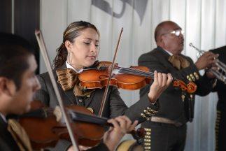 La ciudad de Houston festeja este año el mes de la herencia hispana con...