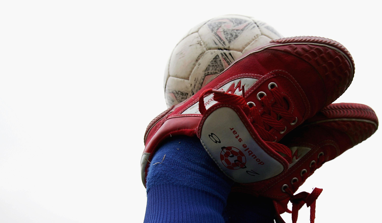 Periodistas y jugadores hablarán del fútbol fuera de la cancha