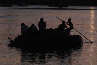 Un grupo de balseros cubanos fue rescatado en el Caribe mexicano.