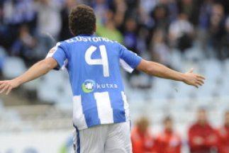 Gorka Elustondo anotó el gol del empate de la Real Sociedad.