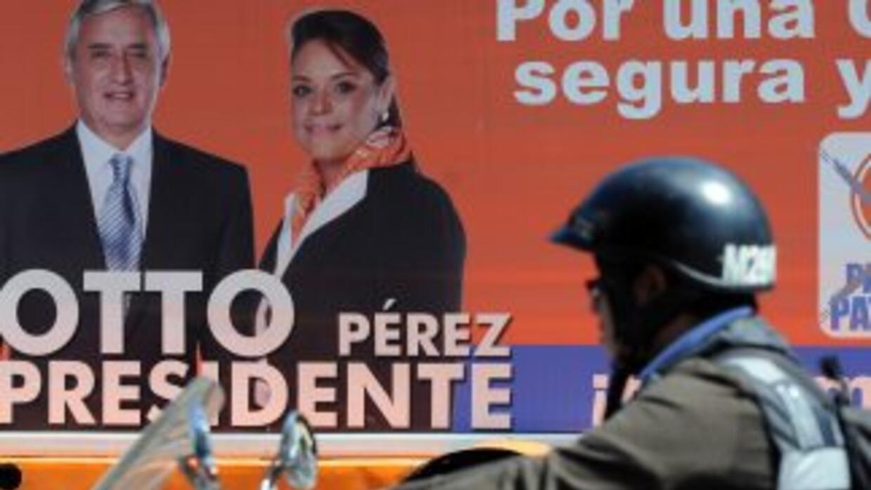 El general Otto Pérez Molina figura como favorito para ganar el domingo...