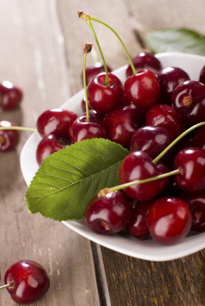 Estudios recientes sugieren que las cerezas ácidas contribuir&iac...