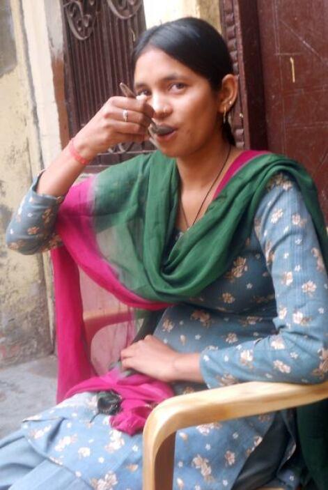 Manju ha sido diagnosticada de acalasia (achalasia), una condición con l...