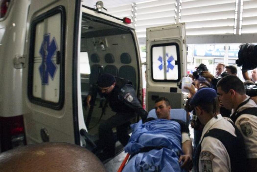 Un agente resultó herido y un civil murió al resistirse a asaltantes arm...