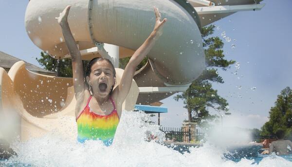 El Consultorio Infantil: Sobreviviendo al verano en la playa y la piscina