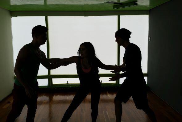 Intentando un baile triple con lance y todo… #GeissieVPT aún no n...
