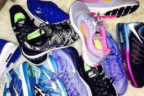 ¿Ya vieron todo su calzado deportivo? ¡Tiene una amplia colección!