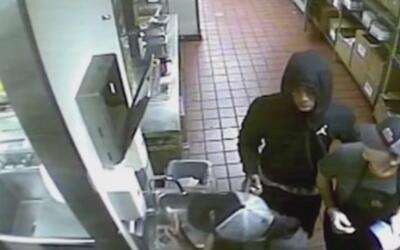 A punta de pistola fue robado un conocido restaurante de tacos en la ciu...