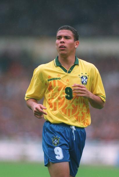 Como olvidar a Ronaldo, el brasileño...el verdadero. Tantos goles...