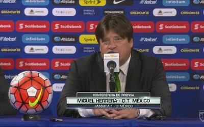 """Miguel Herrera: """"Estoy contento por el éxito de los muchachos"""""""