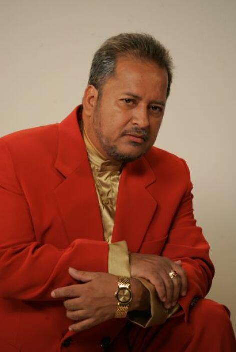 Fabio Restrepo es Marcial, un hombre adinerado y malvado que ama a las m...