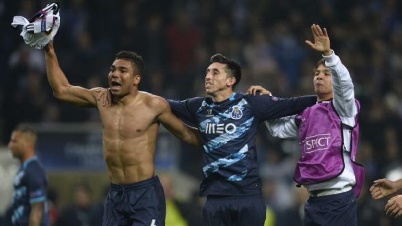 Herrera, al centro, se ha convertido en el auténtico pilar del equipo lu...