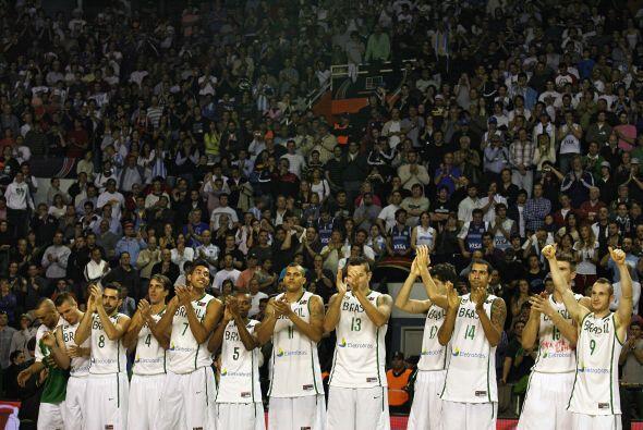 La escuadra brasileña fue un gran rival para los locales.