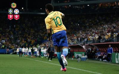 Brasil goleó 3-0 a Paraguay