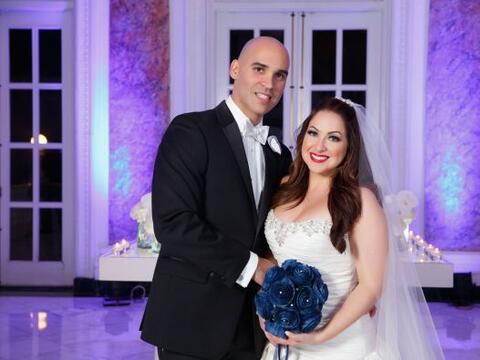 Amanda Ramírez y su esposo Roberto se dieron el sí en una...