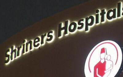 Llega segunda víctima de la explosión de Tutelpec al hospital Shriners e...