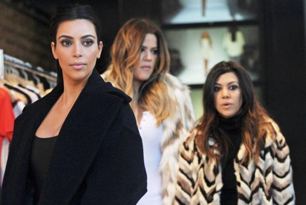 ¿Recuerdas aquella ocasión en la que una mujer bañó en harina a Kim? Más...
